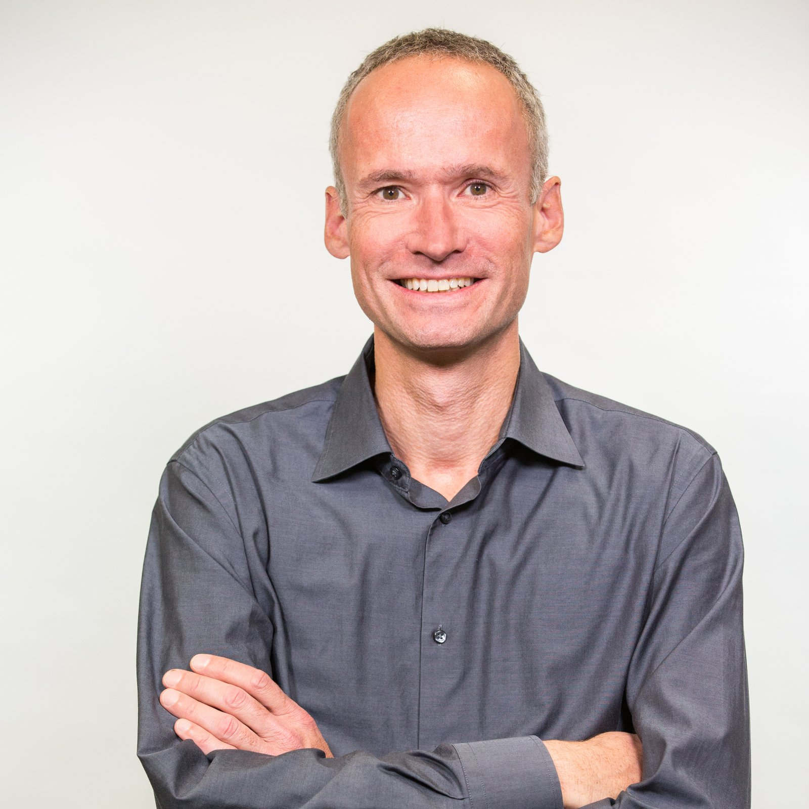 Dr. Boris Mannhardt